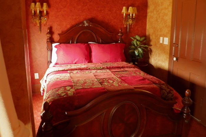 Room3-Bed1